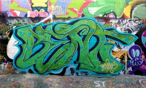 baltimore street art - bent