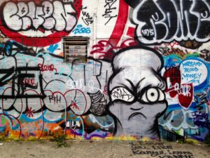 baltimore street art - i love you like kanye